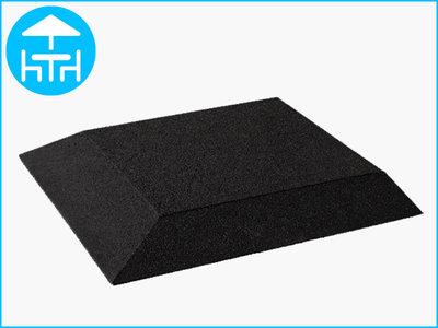 RubbertegelXL - Rubberen Terrastegel - 50x50 cm Hoek Zwart - met Pen/Gatverbinding - Bovenkant